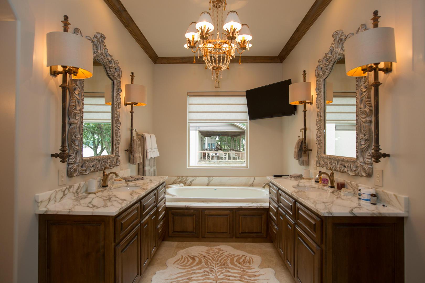 Master Bath W Italian Marble