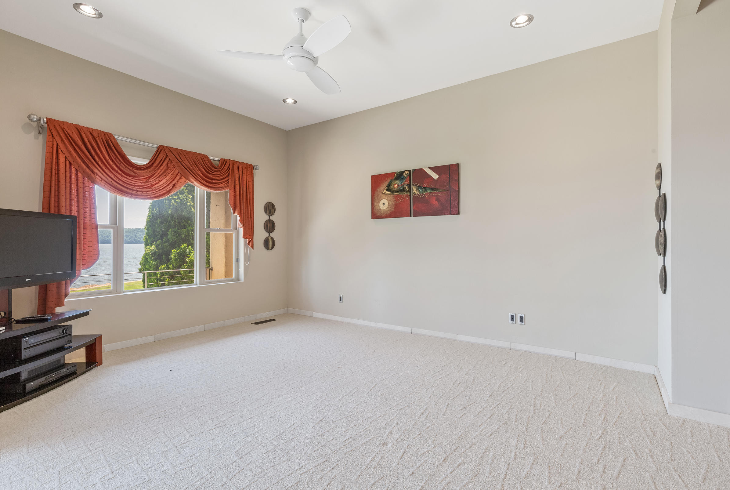 Ll Master Bedroom