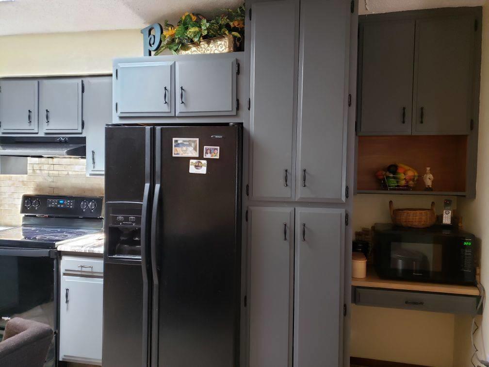 Refrigerator Stays
