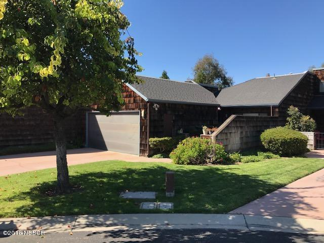 1486  Oakridge Park Road, Santa Maria, California