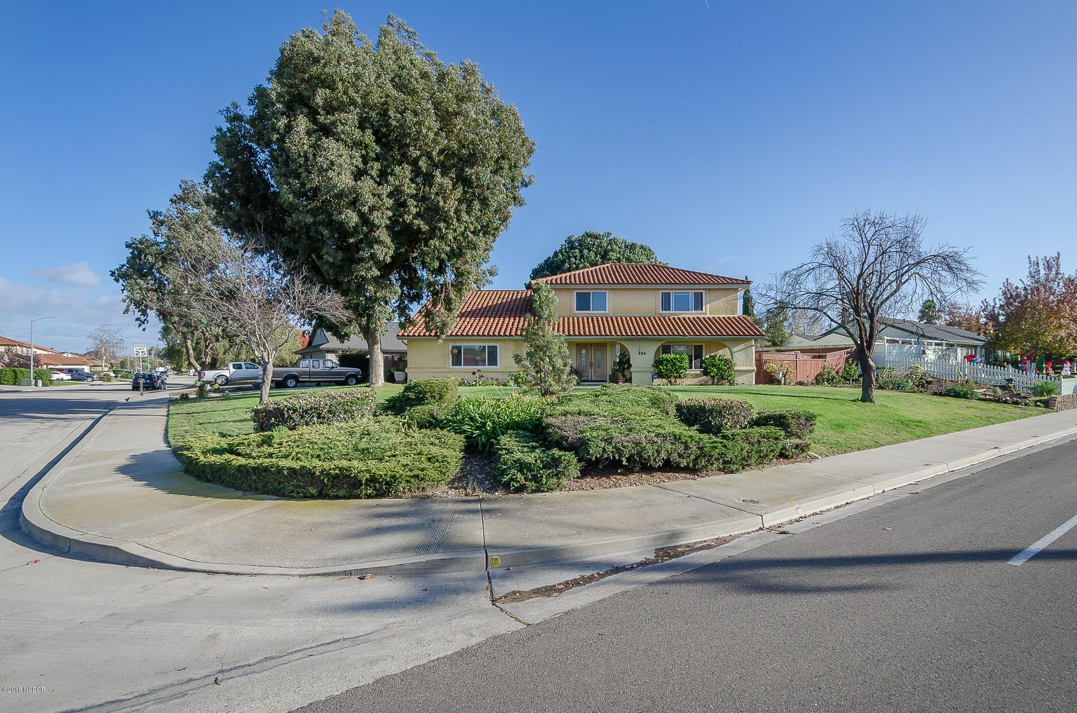684  Clubhouse Drive, Santa Maria, California