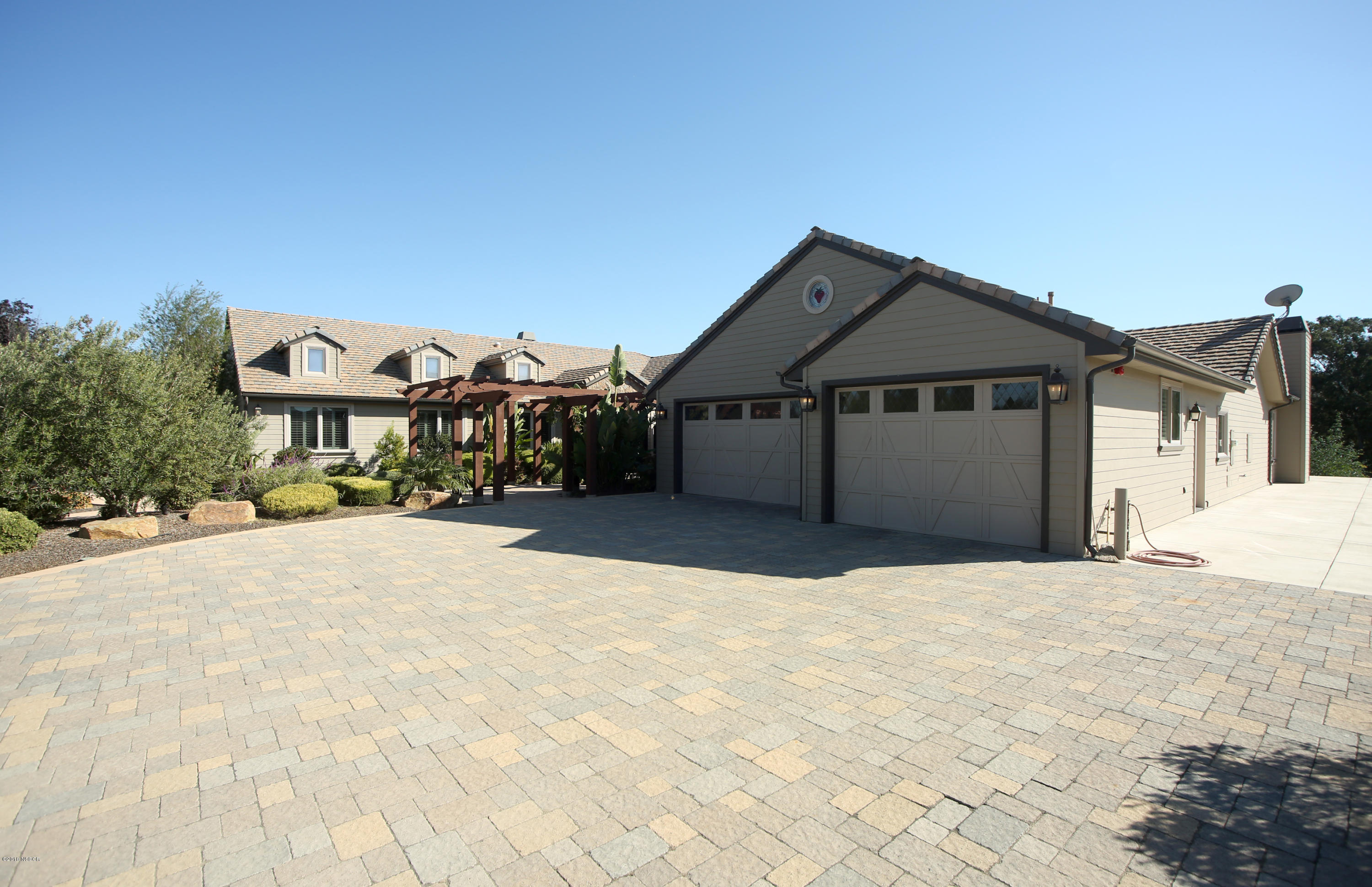 1786  Oakbrook Lane, Santa Maria, California 5 Bedroom as one of Homes & Land Real Estate