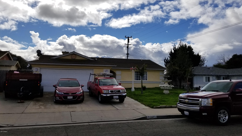 1108 W Hermosa Drive NW, Santa Maria, California
