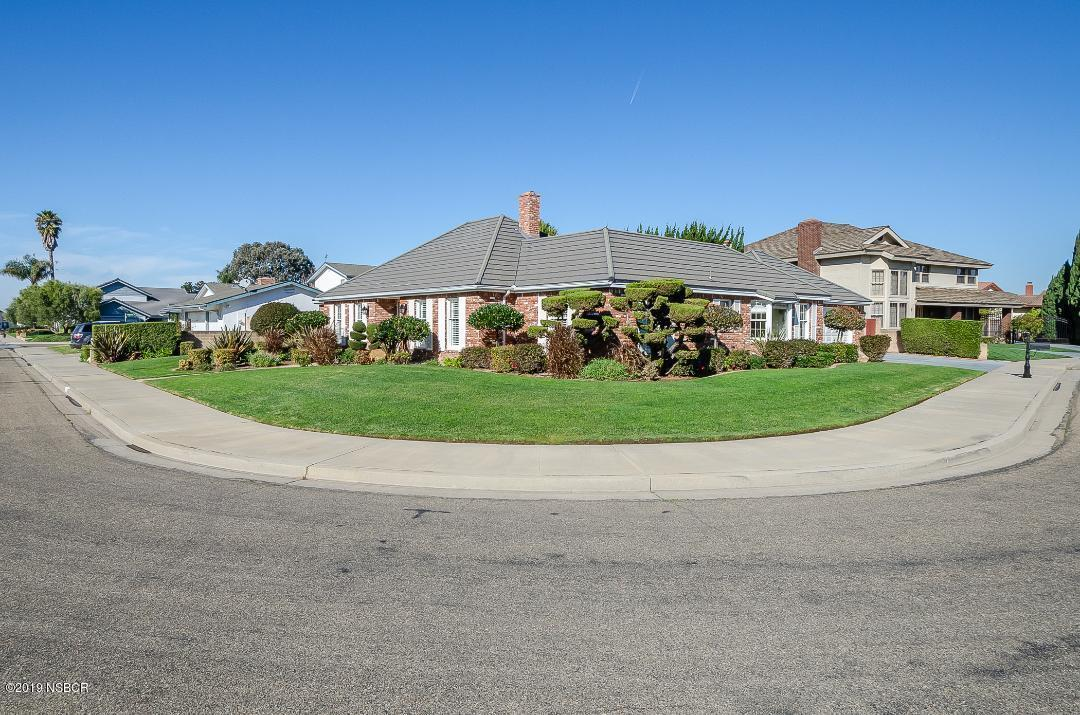 1519  Marilyn Way, Santa Maria, California