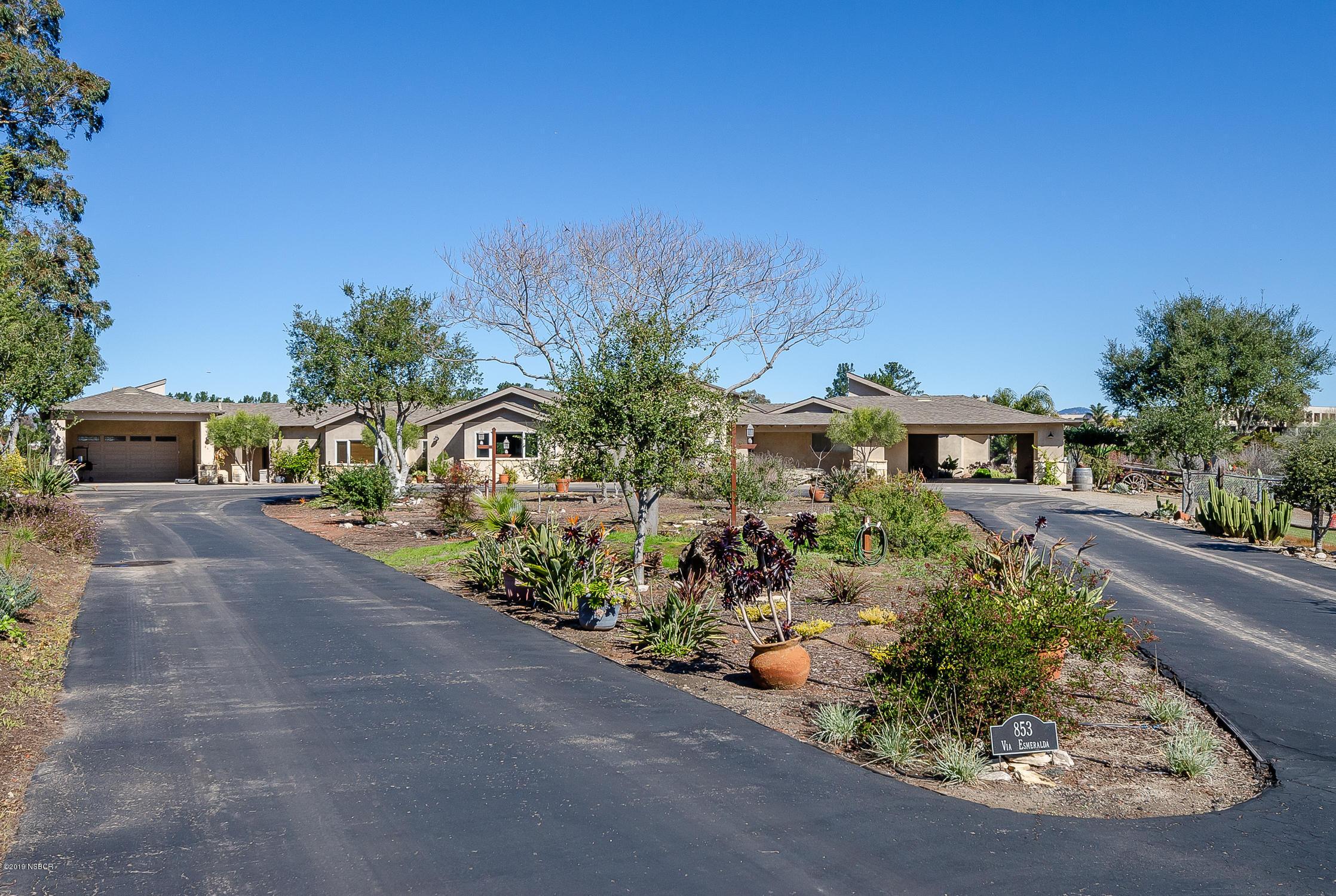 853  Via Esmeralda, Santa Maria, California