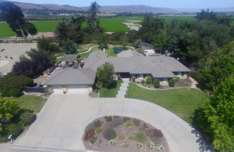 4385  Kapalua Drive, Santa Maria, California