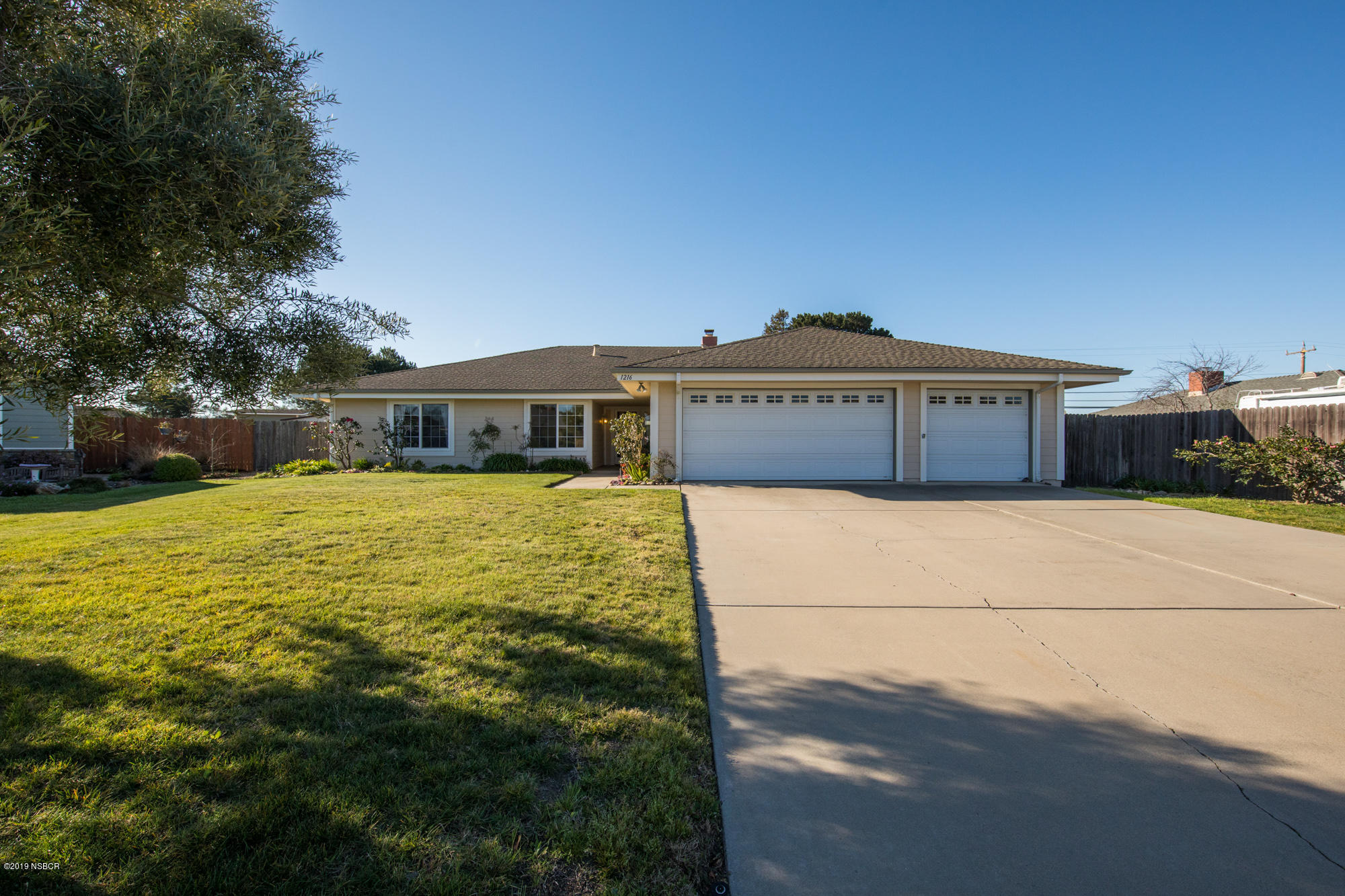 1216  Shady Glen Court, Santa Maria, California