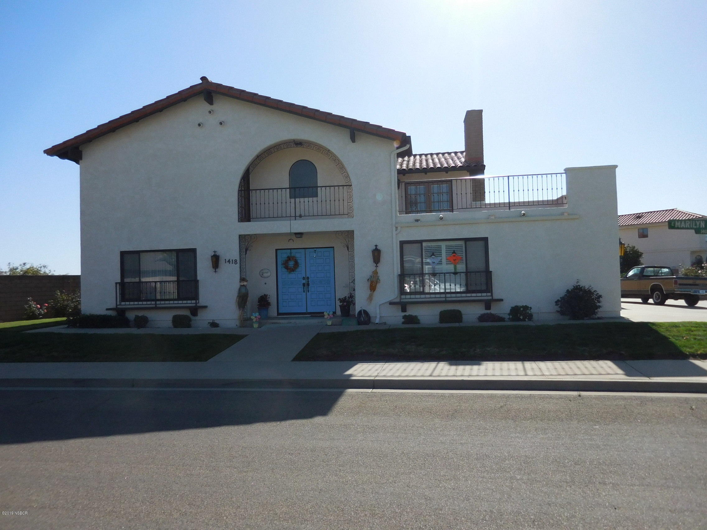 1418  Marilyn Way, Santa Maria, California