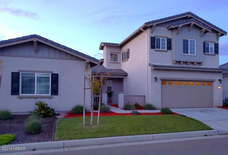 1461  Wynndel Way, Santa Maria, California