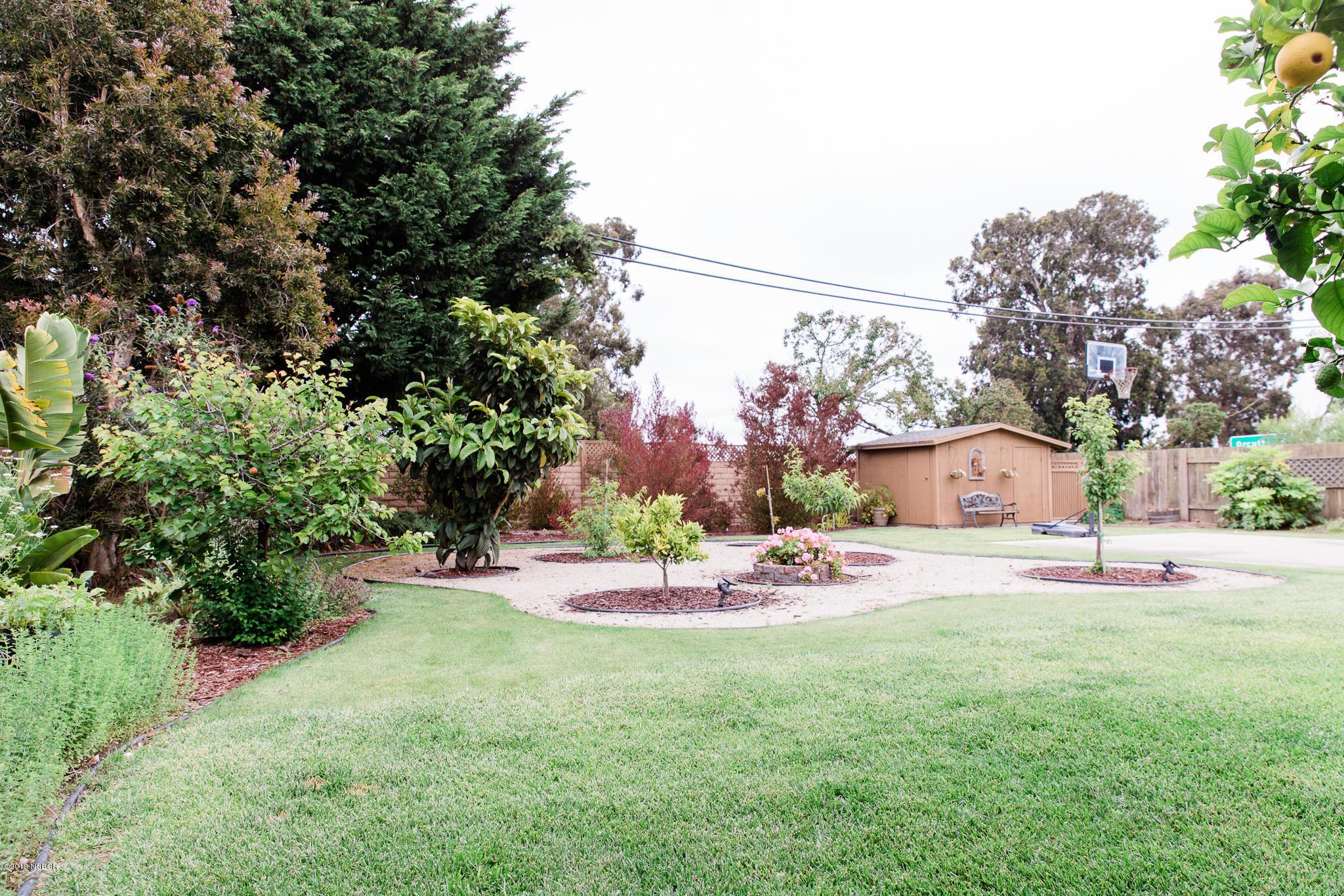 2602  Banyan Way, Santa Maria, California