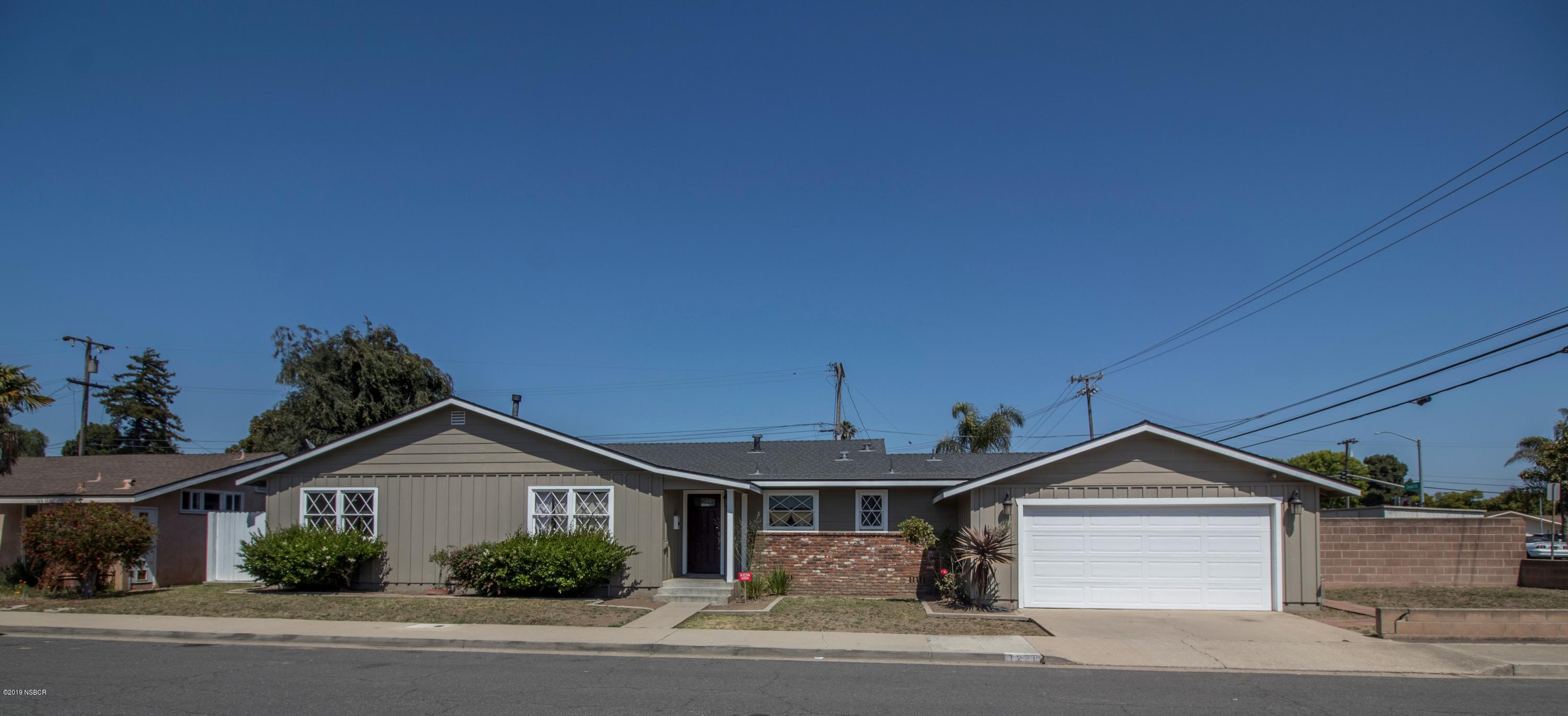 1228  Gibson Lane, Santa Maria, California