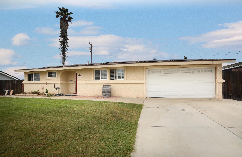 989  Via Esmeralda, Santa Maria, California