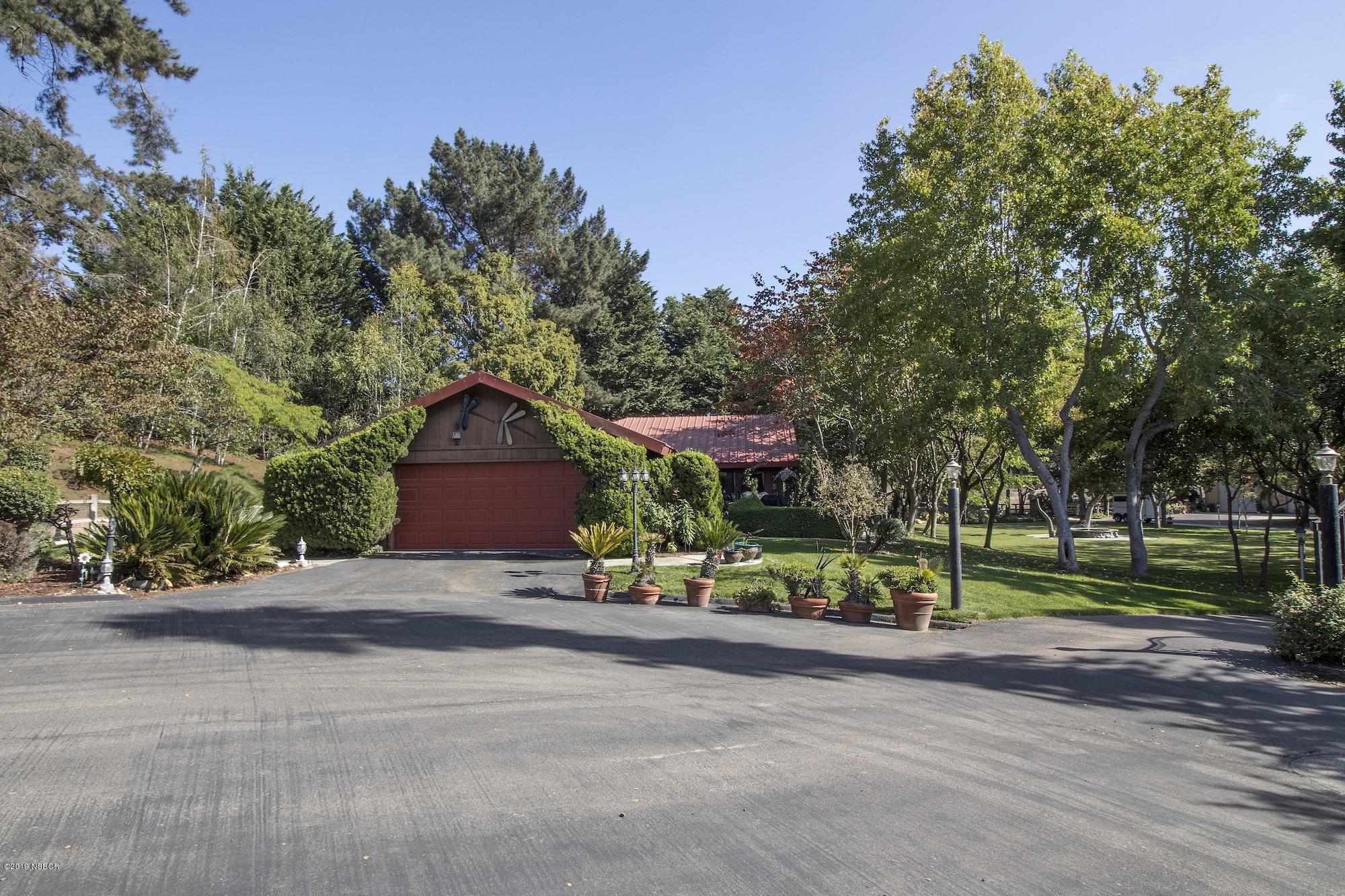 1006 E Clark Avenue, Santa Maria, California