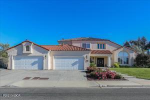 Photo of 822 Fairway Vista Drive, Santa Maria, CA 93455