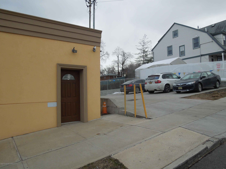 796 Castleton Avenue,Staten Island,New York,10310,United States,Commercial,Castleton,1108354