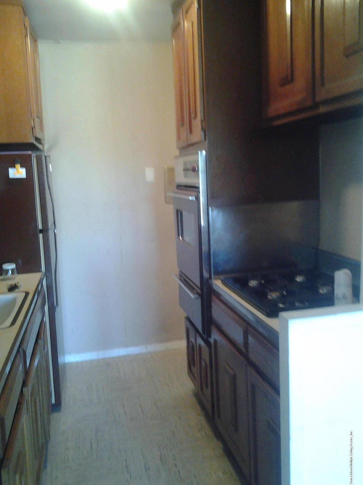 9e 1000 Clove Road,Staten Island,New York,10301,United States,1 Bedroom Bedrooms,3 Rooms Rooms,1 BathroomBathrooms,Residential,Clove,1109950