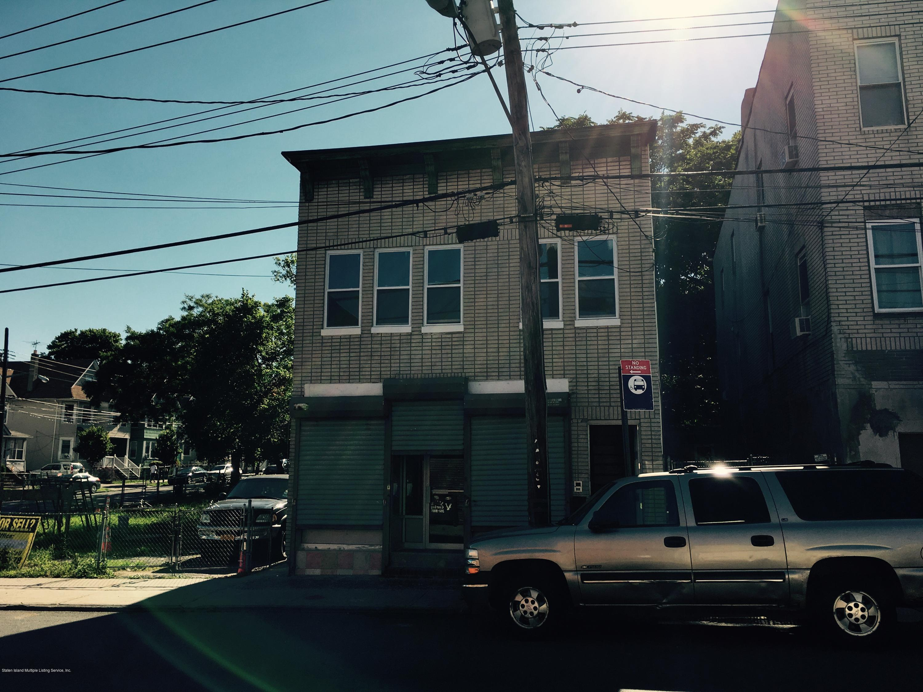 355 Broadway Staten Island,New York,10310,United States,Commercial,Broadway,1111795