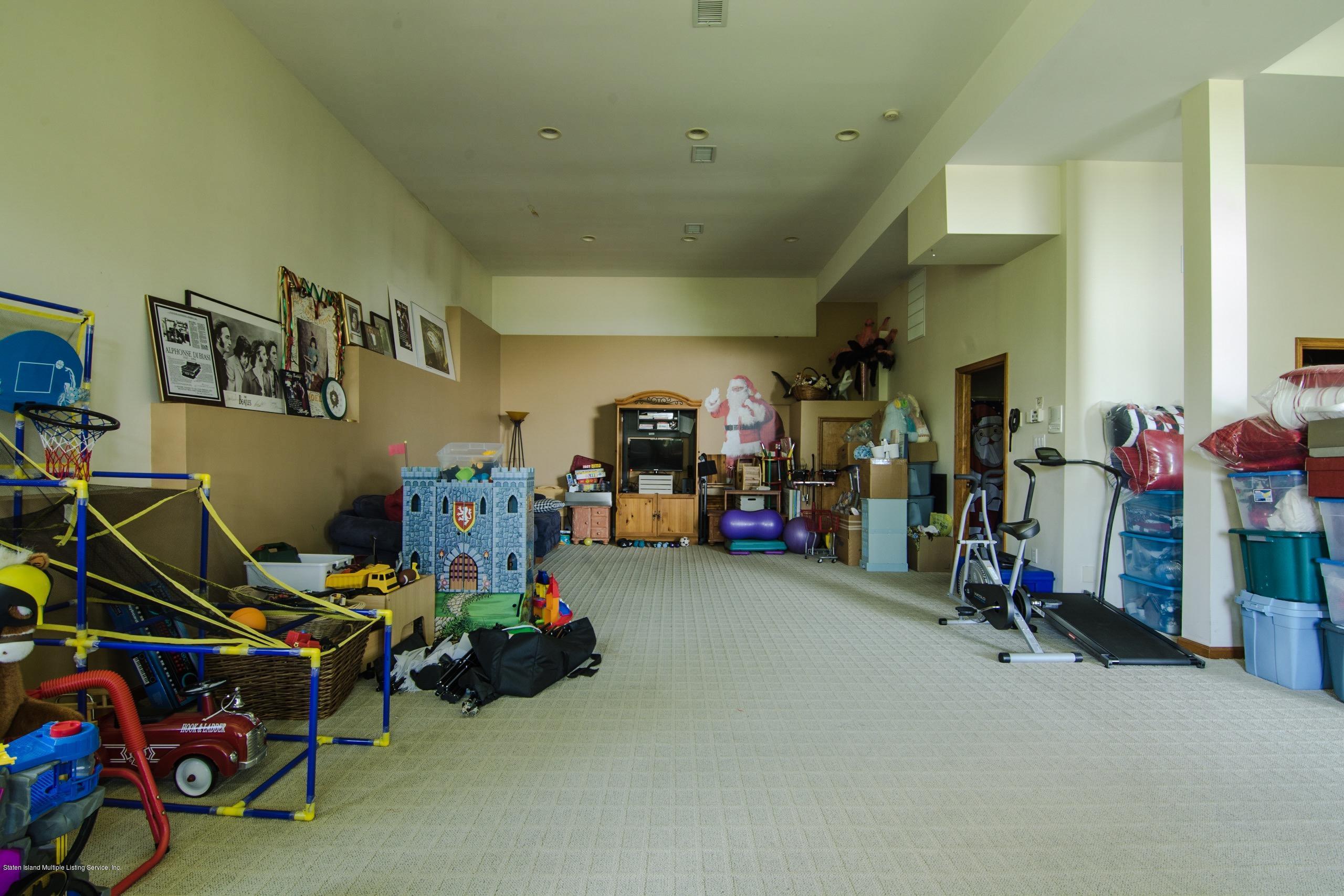 Single Family - Detached 120 Milden Avenue  Staten Island, NY 10301, MLS-1121068-17