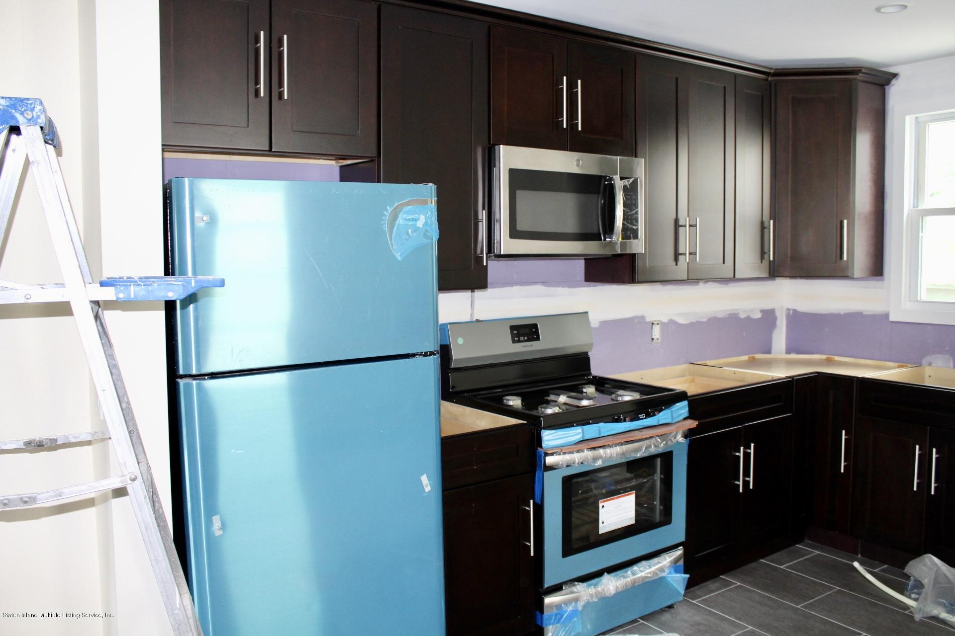 Single family residence For Rent ,8 Rooms ,3 Bedrooms ,4 Bathrooms ...
