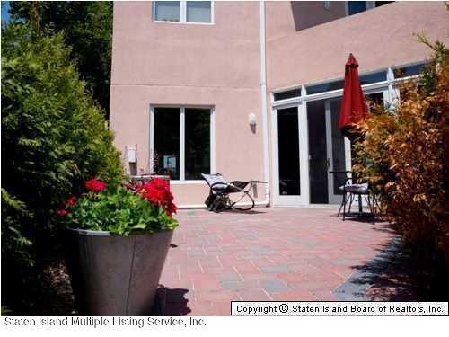 155 Tennyson Drive,Staten Island,New York,10308,United States,1 Bedroom Bedrooms,5 Rooms Rooms,2 BathroomsBathrooms,Residential,Tennyson,1121601