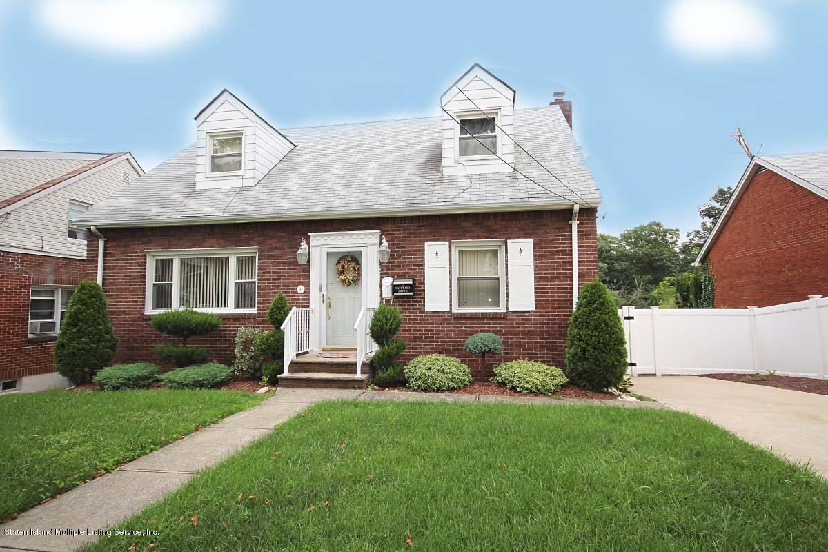 Two Family - Detached in Grasmere - 91 Roderick Avenue  Staten Island, NY 10305