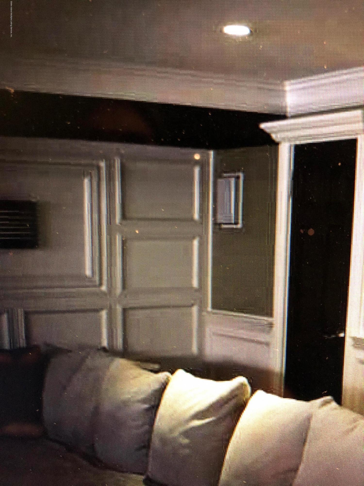 335 Green Valley Road,Staten Island,New York,10312,United States,3 Bedrooms Bedrooms,6 Rooms Rooms,3 BathroomsBathrooms,Residential,Green Valley,1122211