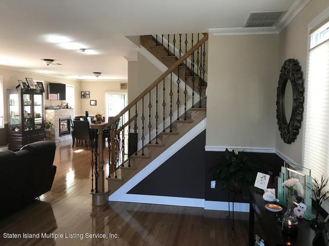 4867 Hylan Blvd Staten Island,New York,10312,United States,4 Bedrooms Bedrooms,8 Rooms Rooms,4 BathroomsBathrooms,Residential,Hylan Blvd,1122219