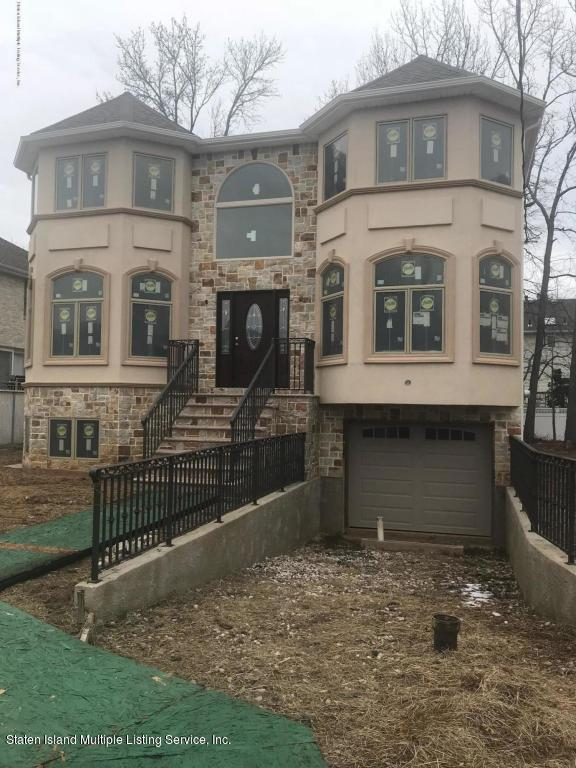 9 Tucci Court,Staten Island,New York,10309,United States,4 Bedrooms Bedrooms,9 Rooms Rooms,4 BathroomsBathrooms,Residential,Tucci,1122523