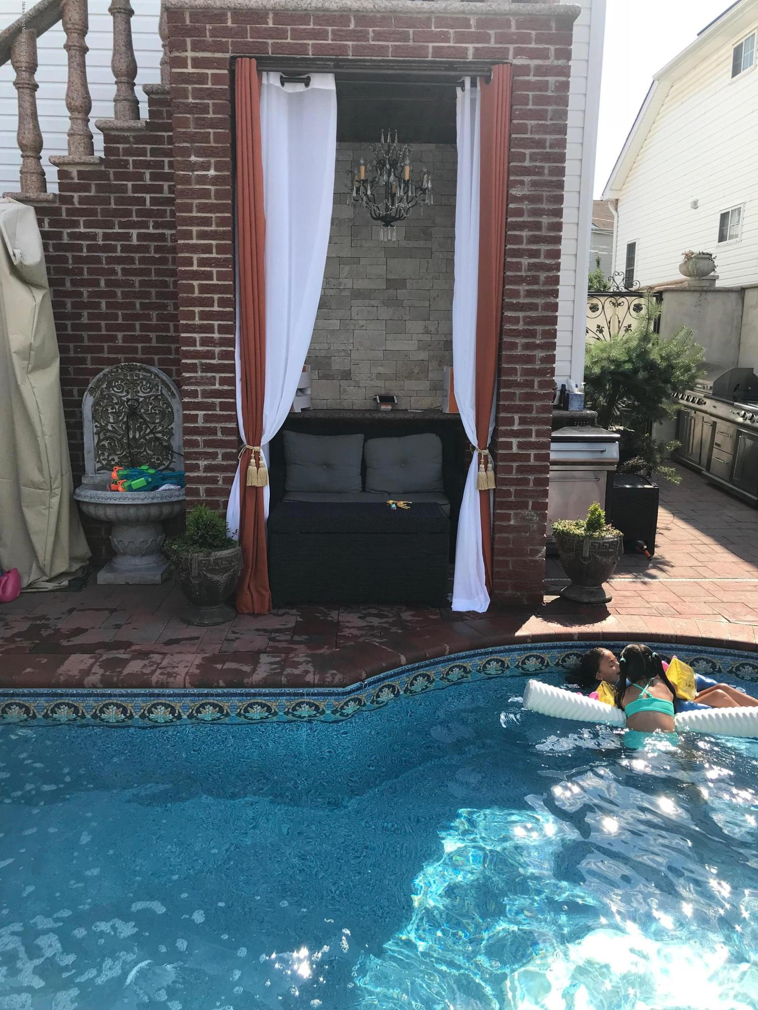 Two Family - Detached 159 Hecker Street  Staten Island, NY 10307, MLS-1123317-34