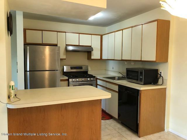 Single Family - Attached 44 Skyline Drive  Staten Island, NY 10304, MLS-1123359-2