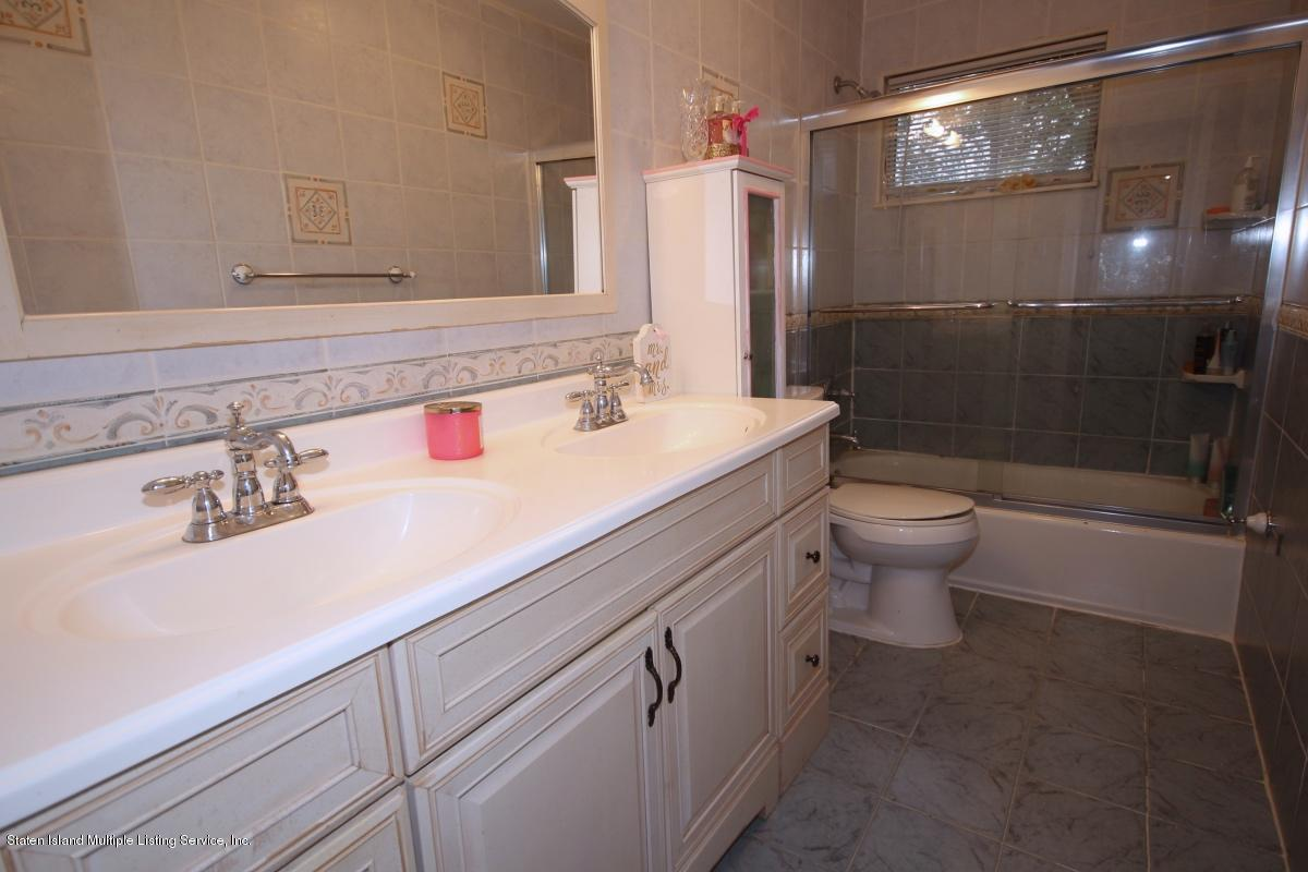 Two Family - Detached 132 Mayberry Promenade   Staten Island, NY 10312, MLS-1123523-34