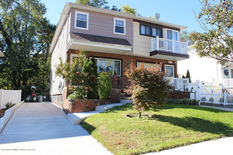 Single Family - Semi-Attached in Eltingville - 450 Retford Avenue  Staten Island, NY 10312