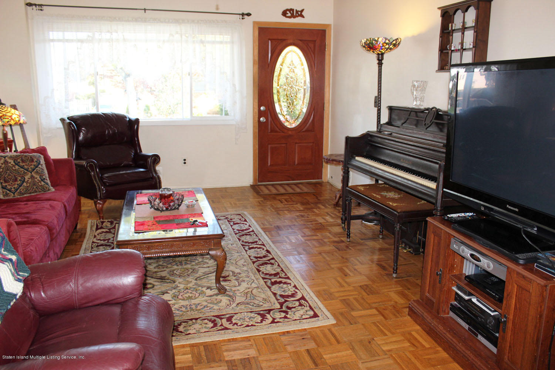 Single Family - Semi-Attached 450 Retford Avenue  Staten Island, NY 10312, MLS-1123601-4