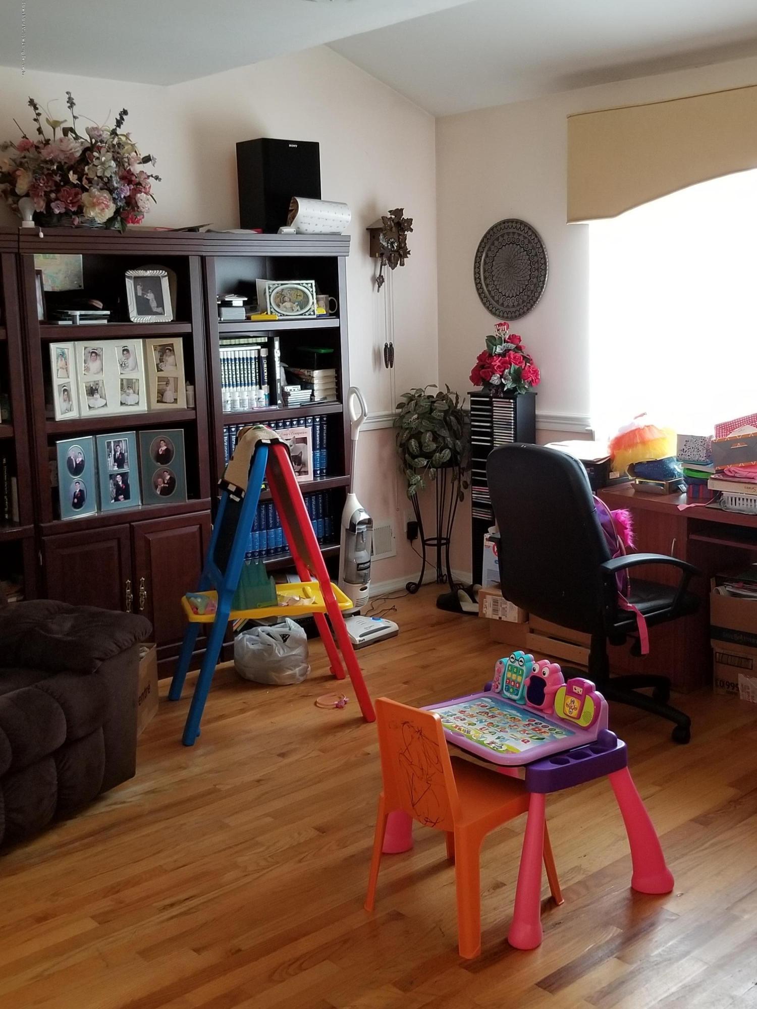 Single Family - Detached 92 Meagan Loop  Staten Island, NY 10307, MLS-1123137-15