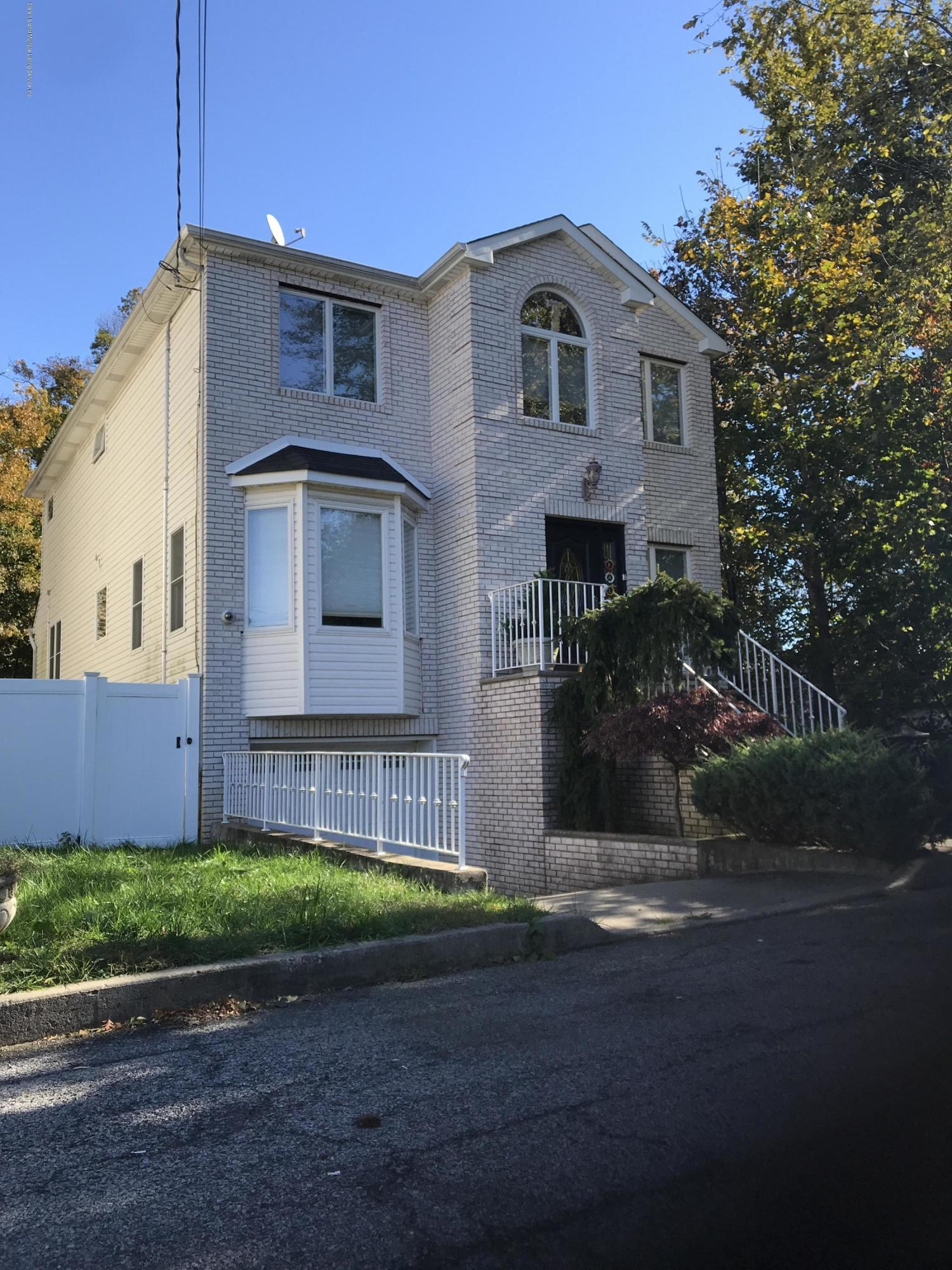 Single Family - Detached 20 Gabrielle Court  Staten Island, NY 10312, MLS-1123867-2