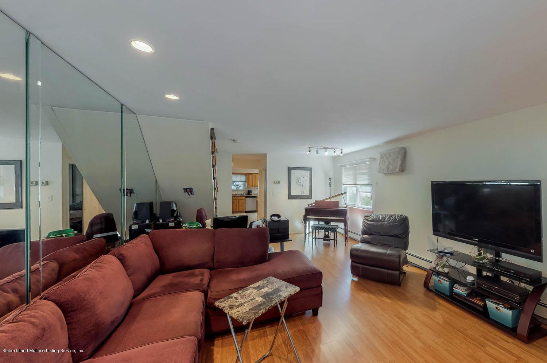 Single Family - Semi-Attached 11 Linda Avenue  Staten Island, NY 10305, MLS-1123999-3
