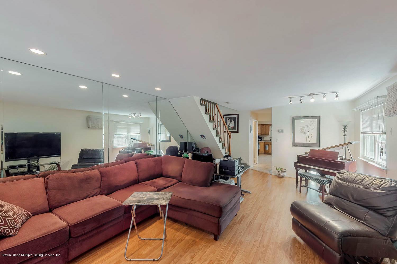 Single Family - Semi-Attached 11 Linda Avenue  Staten Island, NY 10305, MLS-1123999-4