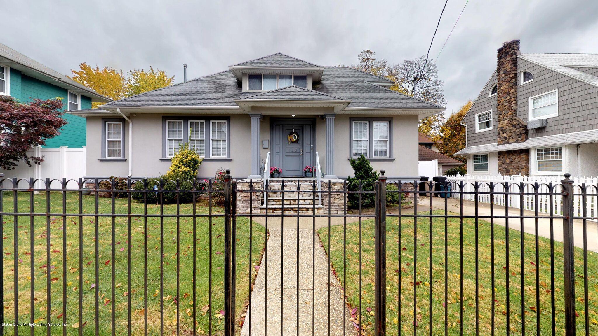 Single Family - Detached 128 Pelton Avenue  Staten Island, NY 10310, MLS-1124023-2