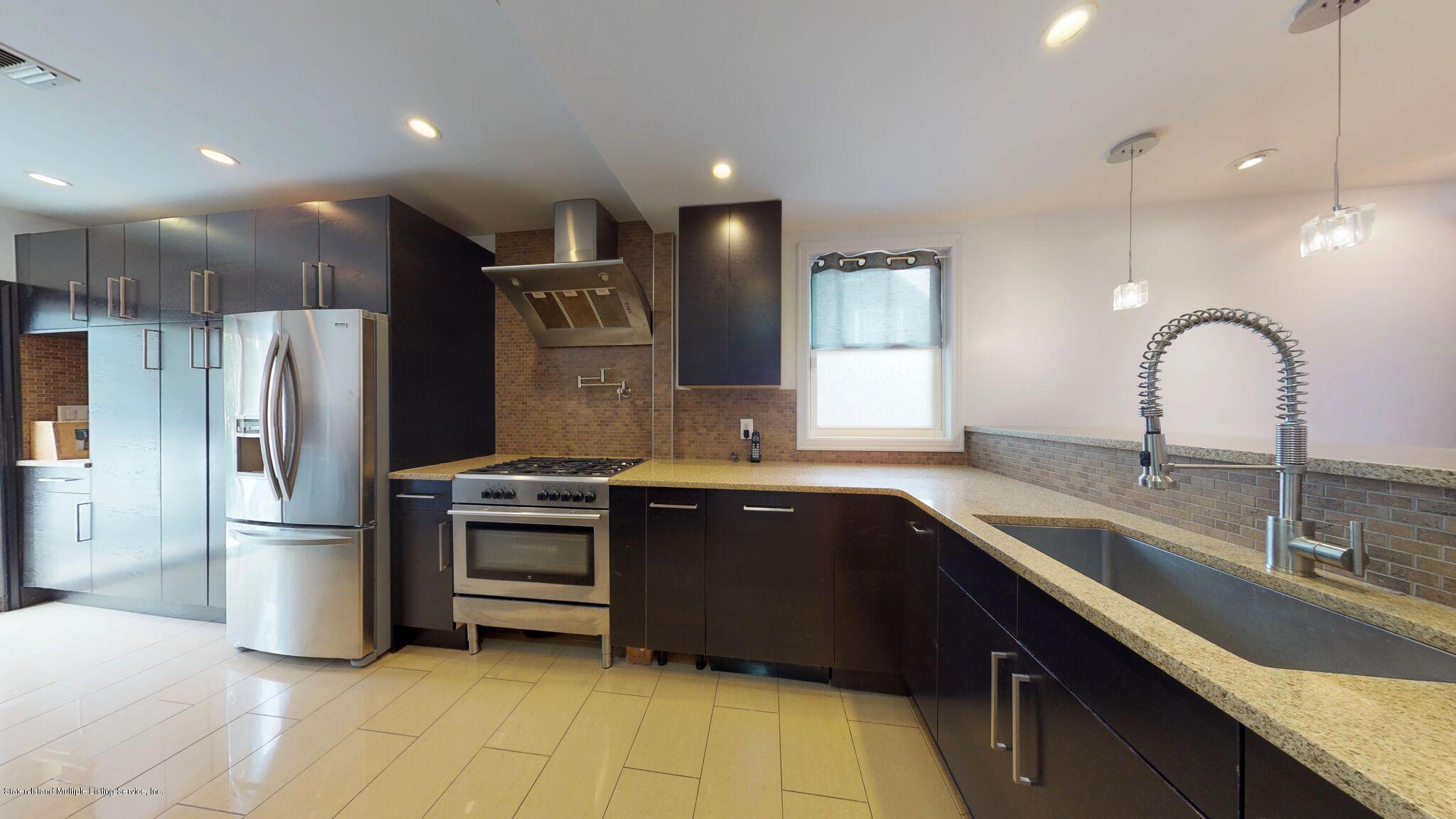 Single Family - Detached 128 Pelton Avenue  Staten Island, NY 10310, MLS-1124023-15