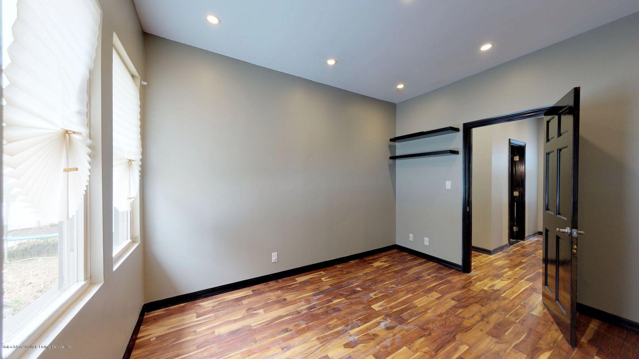 Single Family - Detached 128 Pelton Avenue  Staten Island, NY 10310, MLS-1124023-19