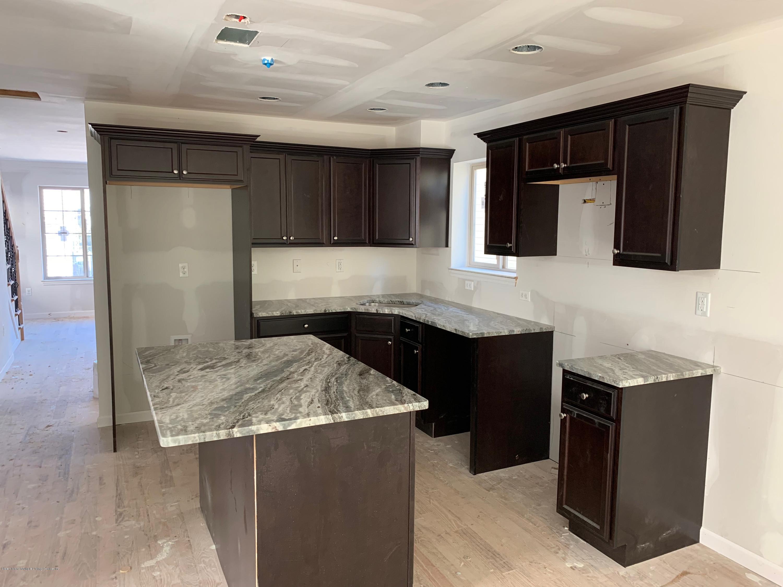 Single Family - Detached 74 Treadwell Avenue  Staten Island, NY 10302, MLS-1118512-4