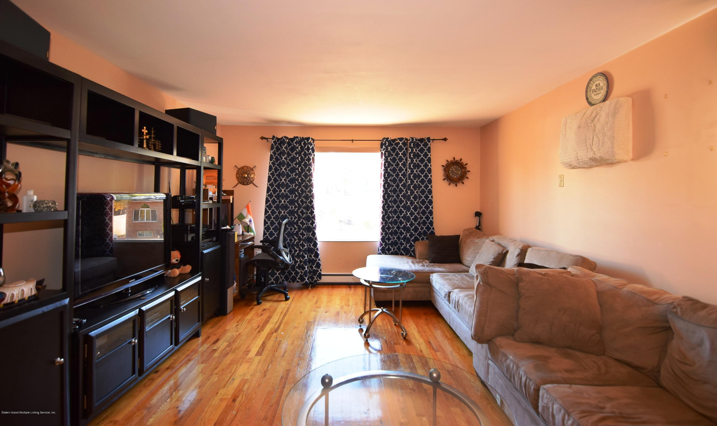 Single Family - Attached 140 Roosevelt Avenue  Staten Island, NY 10314, MLS-1124039-14