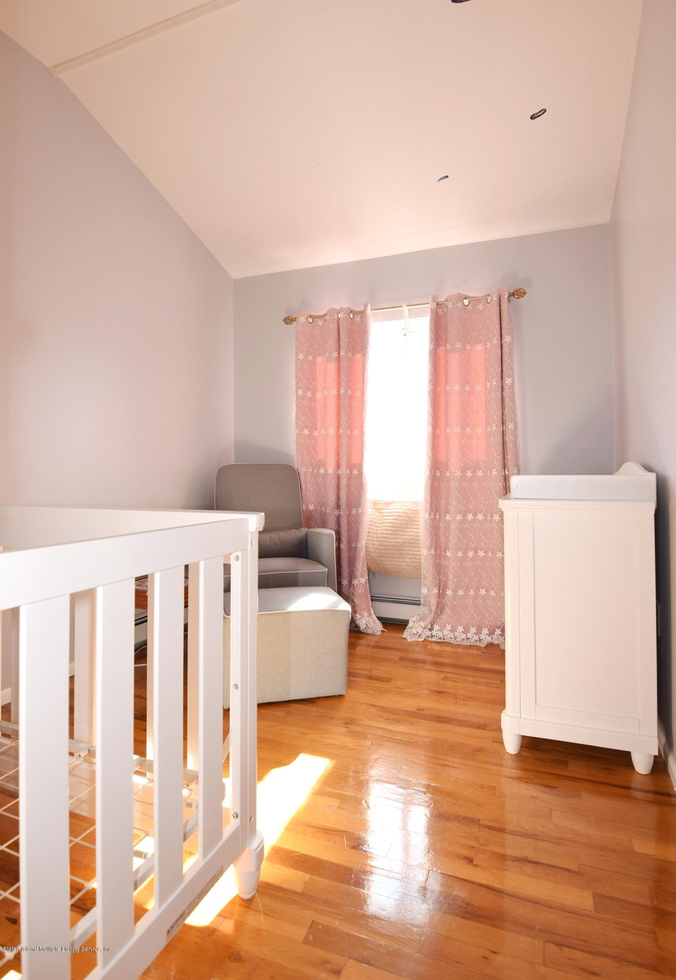 Single Family - Attached 140 Roosevelt Avenue  Staten Island, NY 10314, MLS-1124039-19