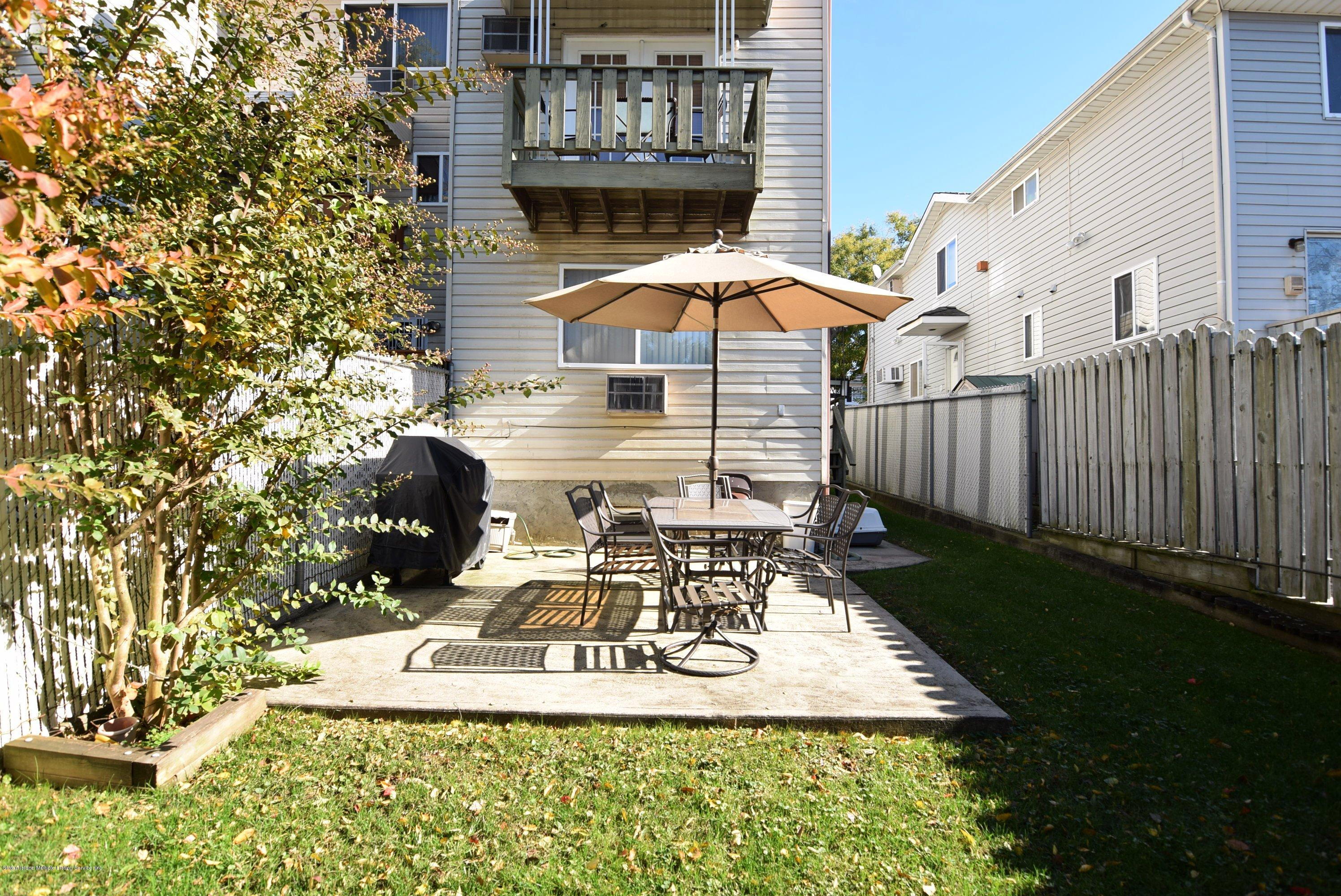 Single Family - Attached 140 Roosevelt Avenue  Staten Island, NY 10314, MLS-1124039-25