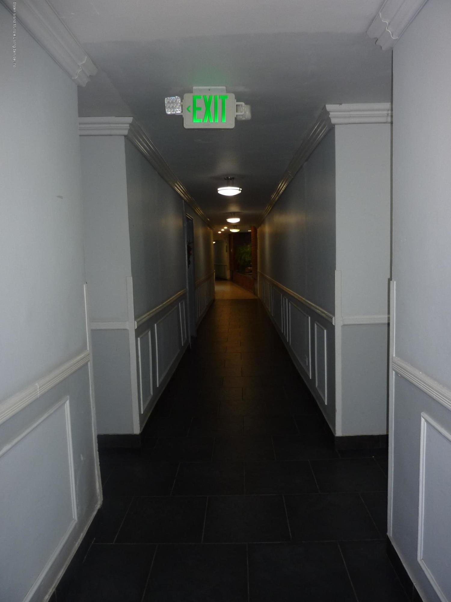 3 L 55 Austin Place,Staten Island,New York,10304,United States,1 Bedroom Bedrooms,2 Rooms Rooms,1 BathroomBathrooms,Residential,Austin,1124038