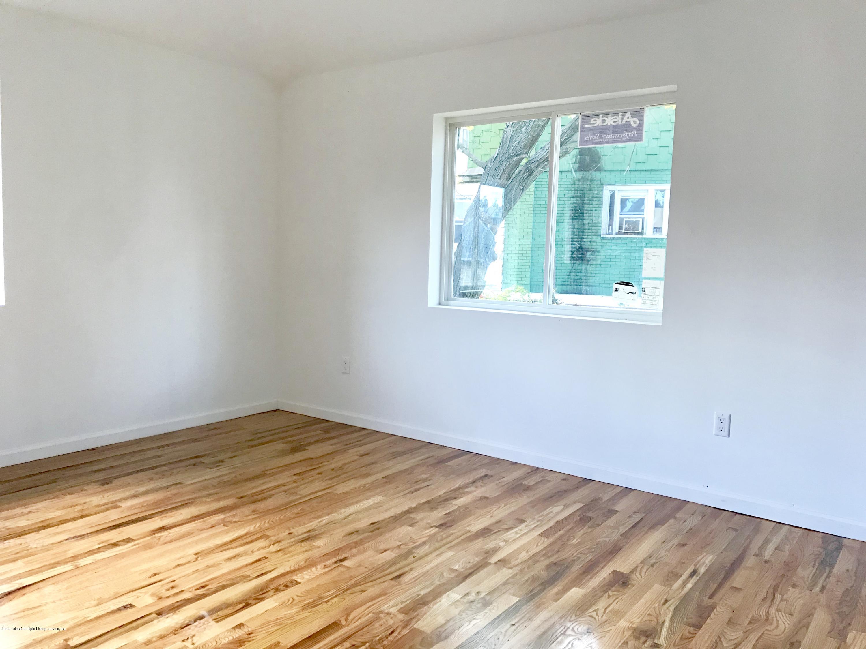 Single Family - Semi-Attached 254 York Avenue  Staten Island, NY 10301, MLS-1124069-13