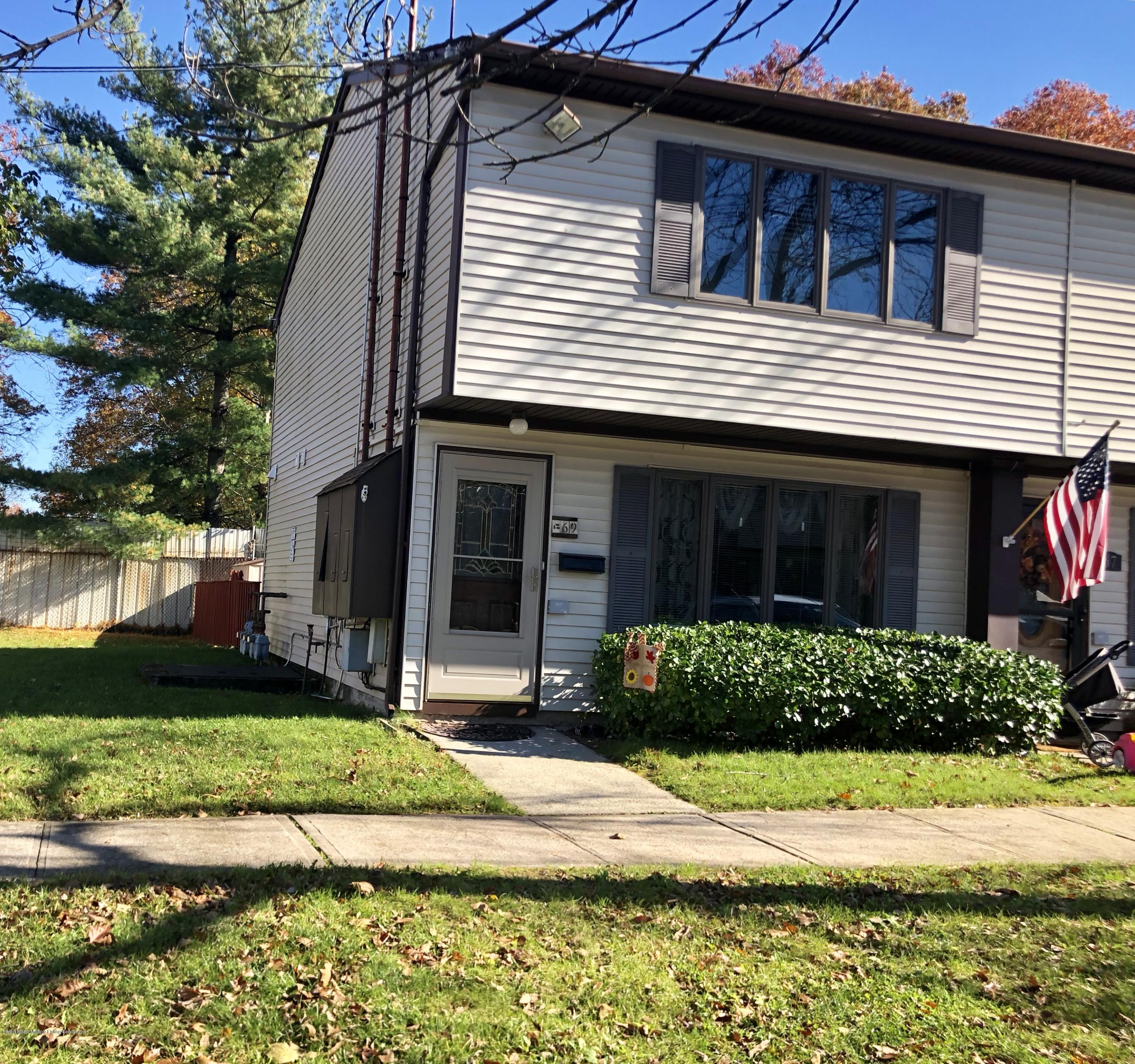 Single Family - Attached 69 Bunnell Court  Staten Island, NY 10312, MLS-1124106-3
