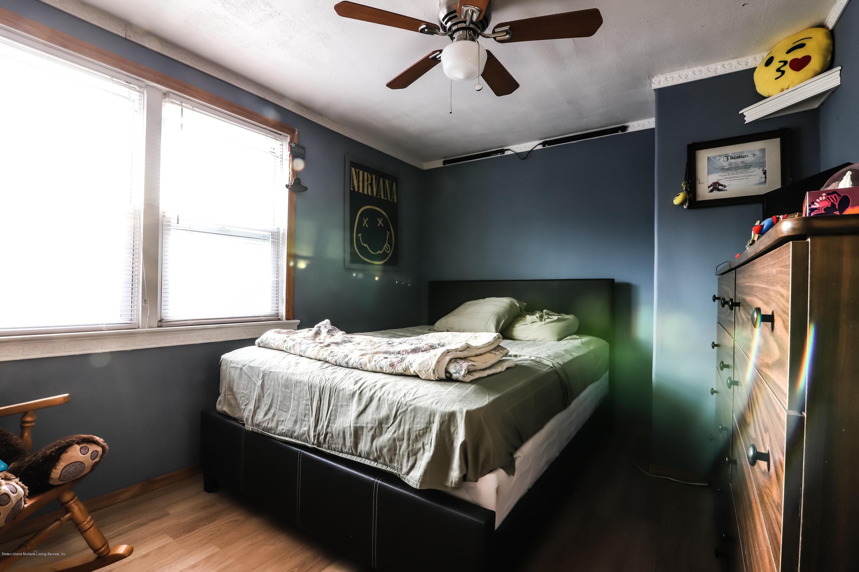 61 Girard St Staten Island,New York,10307,United States,2 Bedrooms Bedrooms,6 Rooms Rooms,1 BathroomBathrooms,Residential,Girard St,1124130