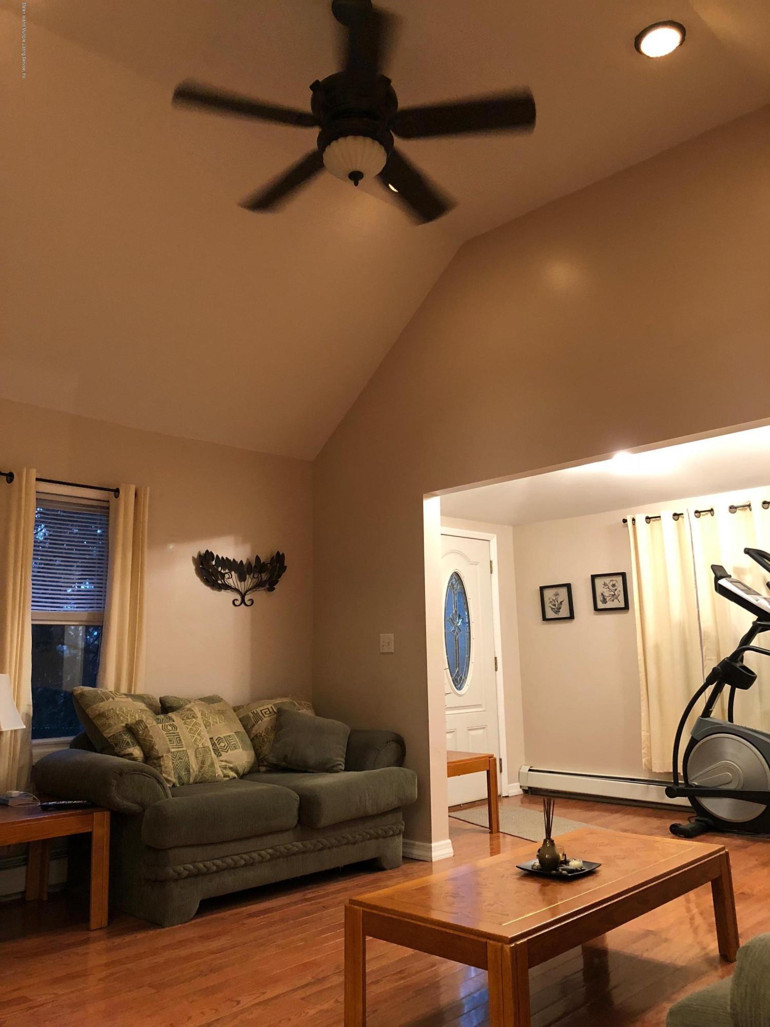 Single Family - Detached 26 Glenwood Avenue  Staten Island, NY 10301, MLS-1123690-11