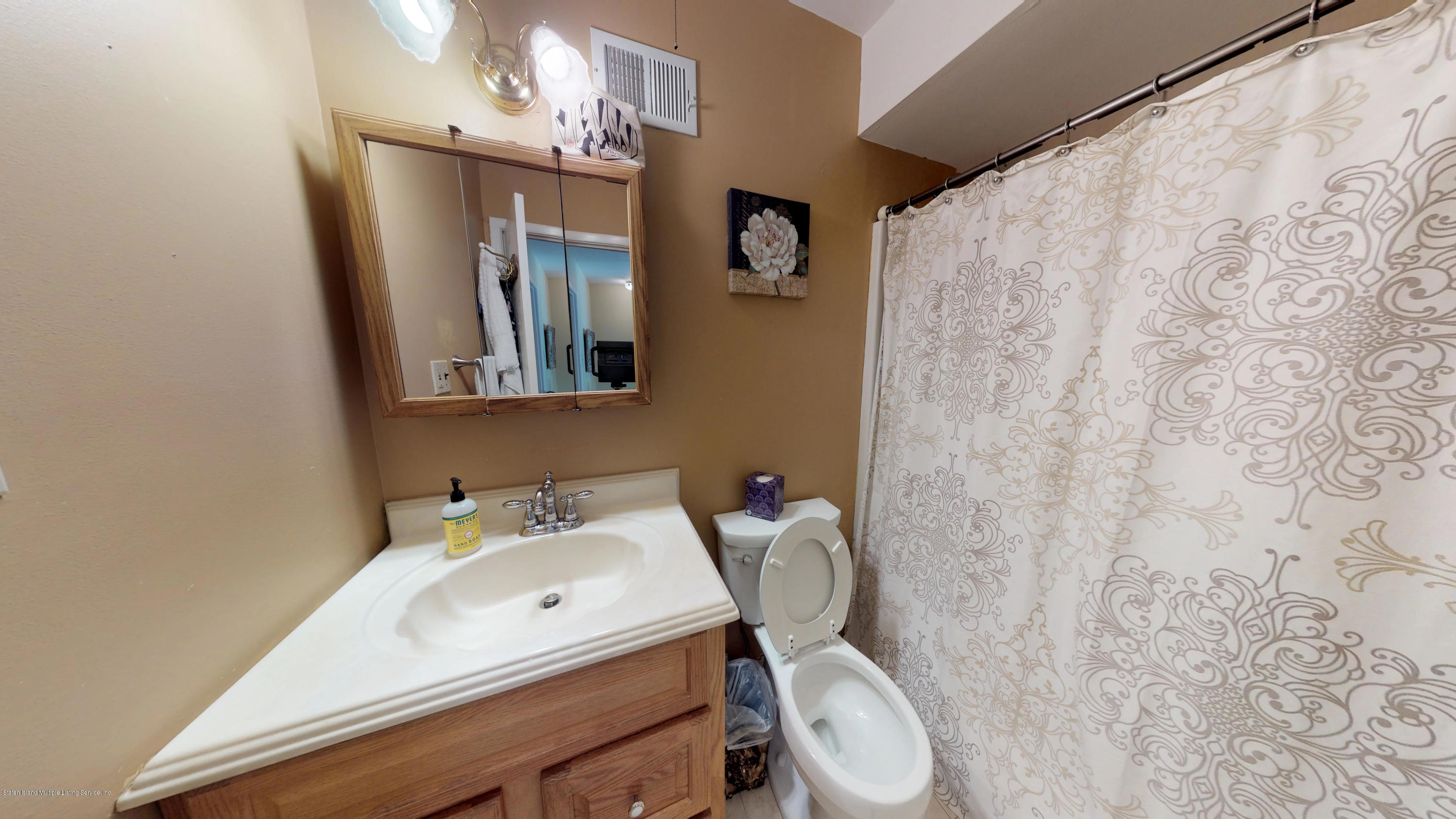 Single Family - Attached 69 Bunnell Court  Staten Island, NY 10312, MLS-1124106-16